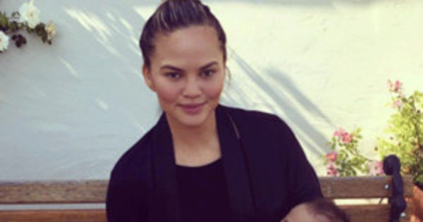 Here's Your Daily Reminder That Chrissy Teigen and John