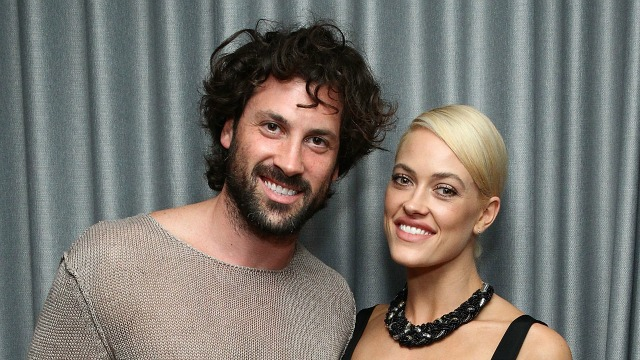 Peta Murgatroyd and Maksim Chmerkovskiy Pack on the PDA in