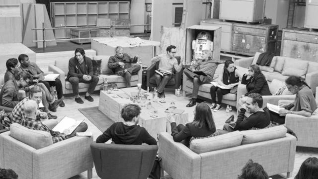 Star Wars: Episode VII Plot Leak, or Luke Skywaker's Severed Hand