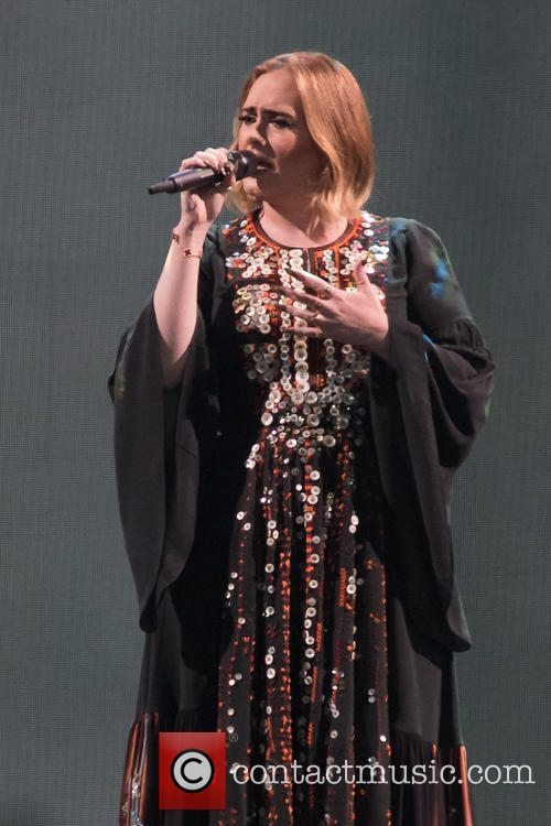 Is Adele Set For A Christmas Wedding?