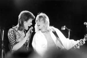 beside-bowie-the-mick-ronson-story