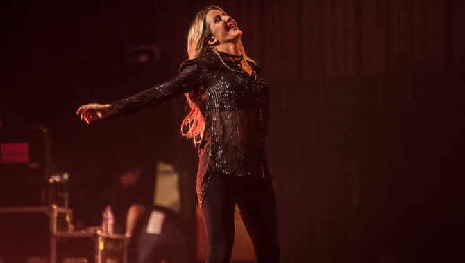 Ellie Goulding Performs Sold-Out Charity Gig At The Royal