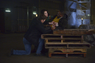 'Timeless' Season Finale: Shawn Ryan On Big Twist &