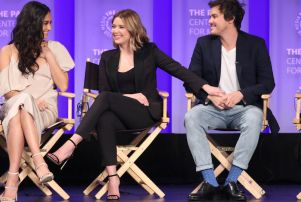 """'Pretty Little Liars' Cast And EPs Talk """"Huge Twist"""" And"""