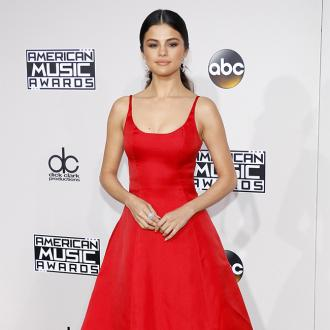 Selena Gomez praises mother for raising her in 'non