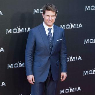 Tom Cruise reveals Top Gun sequel title