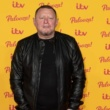 Shaun Ryder Feels 'bare' On Stage