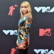 Taylor Swift To Receive Artist Of The Decade Gong At AMAs